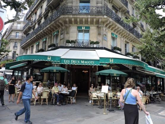 Paris-Les-deux-magots