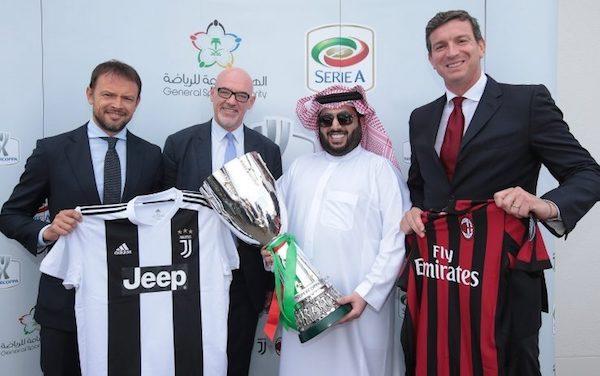Presentación de la Supercopa de Italia con un representante saudí.