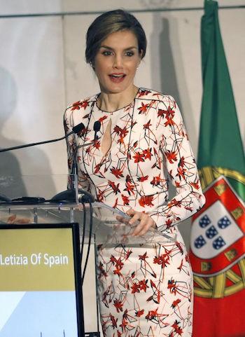 Letizia-estampado-floral-Oporto