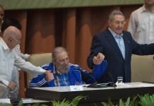 Ramón Machado Ventura, Fidel y Raúl Castro (foto: Cubadebate)