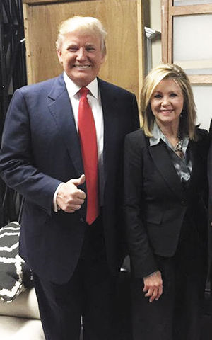 Marsha Blackburn con Donald Trump