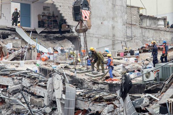 Ya hay 325 falecidos por los terremotos de este mes de septiembre