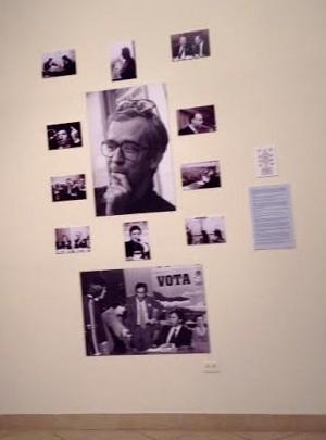 """Inauguración de la exposición dedicada a Manuel López """"El tiempo detenido. España 1975-2006"""". Paneles sobre los protagonistas de la Transición"""