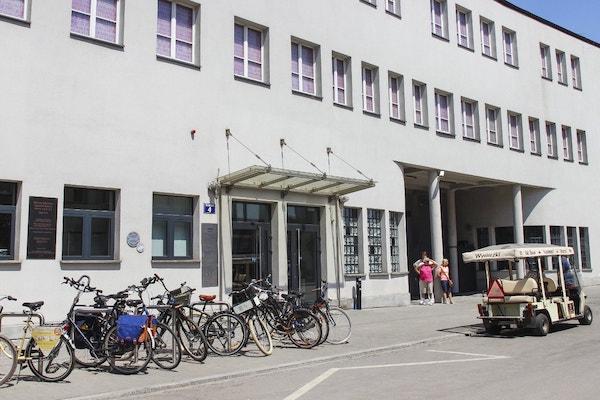 Museo construido sobre la antigua fábrica Schindler