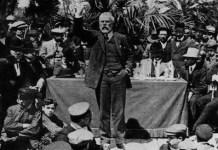 Iglesias, en un míting a favor dels presos de la Setmana Tràgica. Foto. Arxiu Fundación Largo Caballero