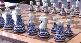 Ajedrez: Arita quiere ser la referencia de piezas y tableros