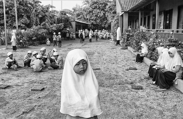 Una de las numerosas fotografías tomadas por Javier Sánchez-Monge en un proyecto a largo plazo siguen la vida de la etnia Cham del Sudeste Asiático.
