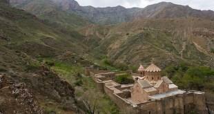 Armenios en Irán, conjuntos monásticos reconocidos por la Unesco