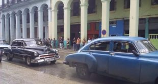 Taxis en La Habana, foto de Pressenza