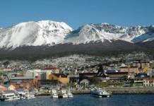 Ushuaia, en Tierra del Fuego, puerto más austral de Argentina