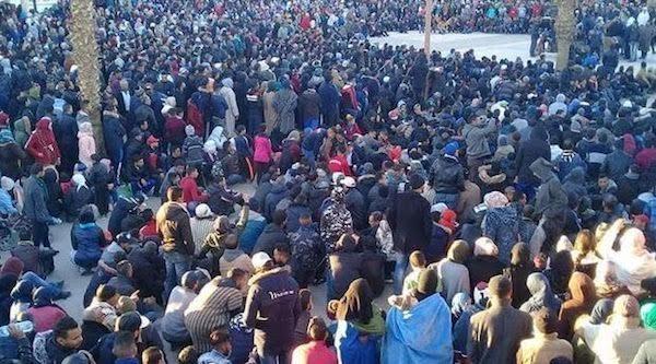 Yerada protestas populares y despliegue policial