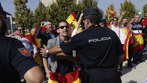 España: la extrema derecha resurge a la sombra del Gobierno