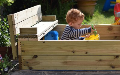 Fantastic DIY Wooden Sandpit with Lid and Fold Out Benches