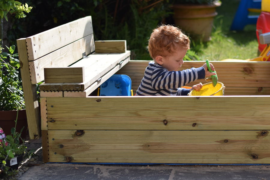 Wooden Sandpit with Lid and Fold Out Benches