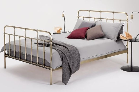 starke brass bed