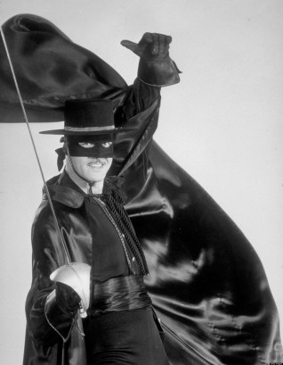 UNITED STATES - OCTOBER 03: ZORRO - gallery - 10/3/57, Guy Williams played Don Diego de la Vega/Zorro, the swashbuckling masked hero who donned mask and sword to aid the oppressed., (Photo by ABC Photo Archives/ABC via Getty Images)