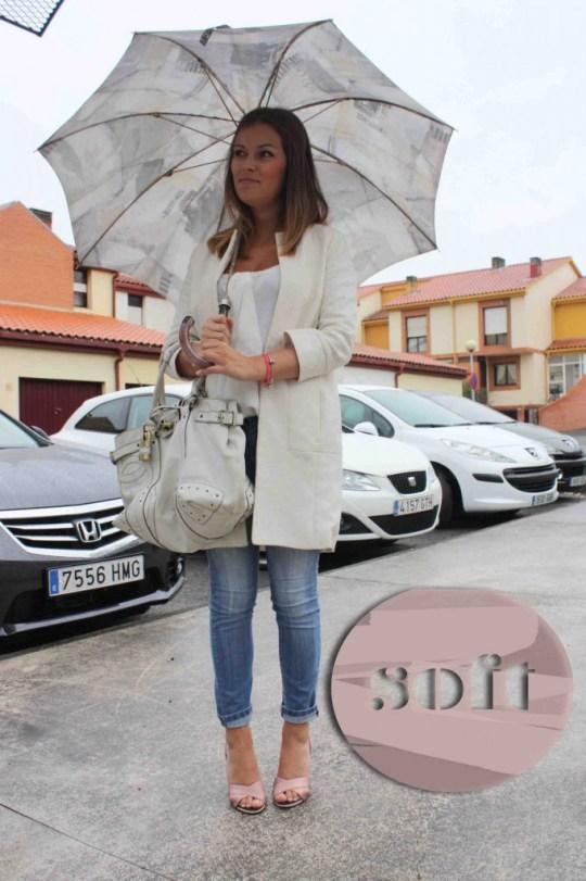 paraguas jeans blusa blog