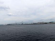 Jokohama- widok z promenady na most, łączący brzegi Zatoki Tokijskiej, dł. 860 m