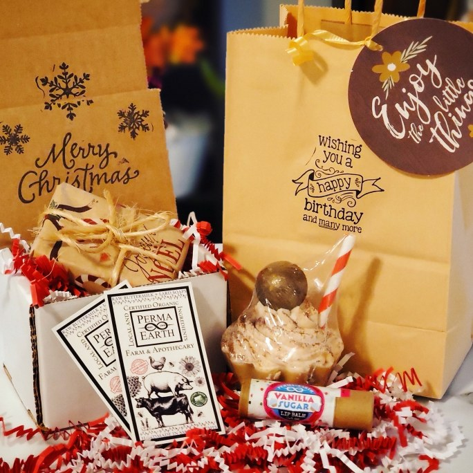 Sets & Gift Wrapping