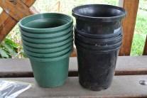 plastic_pots