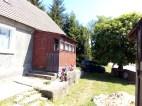 Widok od podwórka, z prawej stary kasztanowiec, drzewo opiekun.:)
