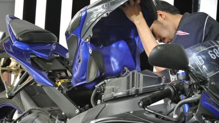 Melihat Langsung Area Sevice Motor Di Yamaha Flagship Shop Jakarta, Ada Kartu Member Untuk Dapat Diskon