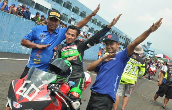 Honda CB150R Pole Position Saat Kualifikasi, Di Race Yamaha R15 yang Sabet Juara 1 dan 2..!!! (Kejurnas IRS Seri 2 Kelas Sport 15occ)
