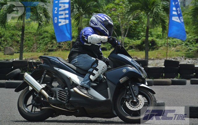VLOG: Fun Riding Competition Aerox 155 , Menikmati Sensasi Motor Skutik Rasa Motor Sport!