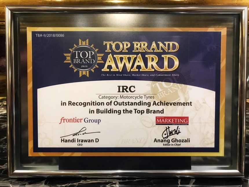 IRC Raih Top Brand Award 2018 Kategori Ban Sepeda Motor