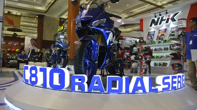 Booth IRC Tire dan Zeneos IMOS 2018