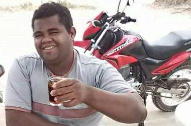 Homem perde controle de moto em rodovia esburacada, cai de moto e morre no local