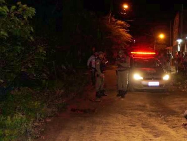 Homem assassinado a tiros às margens do Rio Ipojuca