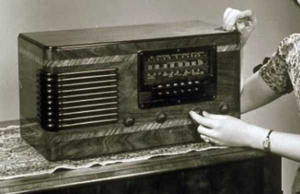 Rádio em Gravatá serve pra morder e assoprar prefeito e vereadores