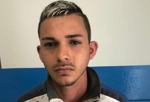 GRAVATÁ - Suspeito de tráfico de drogas preso na Área Verde