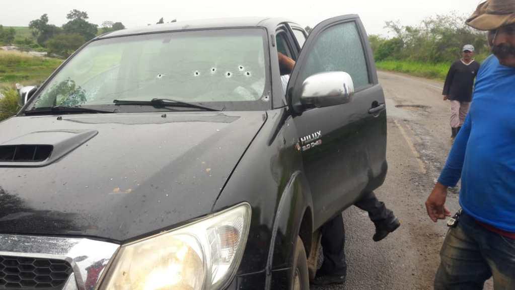 Troca de tiros deixa ferido na zona rural de São Joaquim do Monte