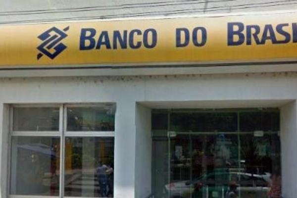 Bandidos fazem familiares de tesoureiro do Banco do Brasil refém em Pernambuco