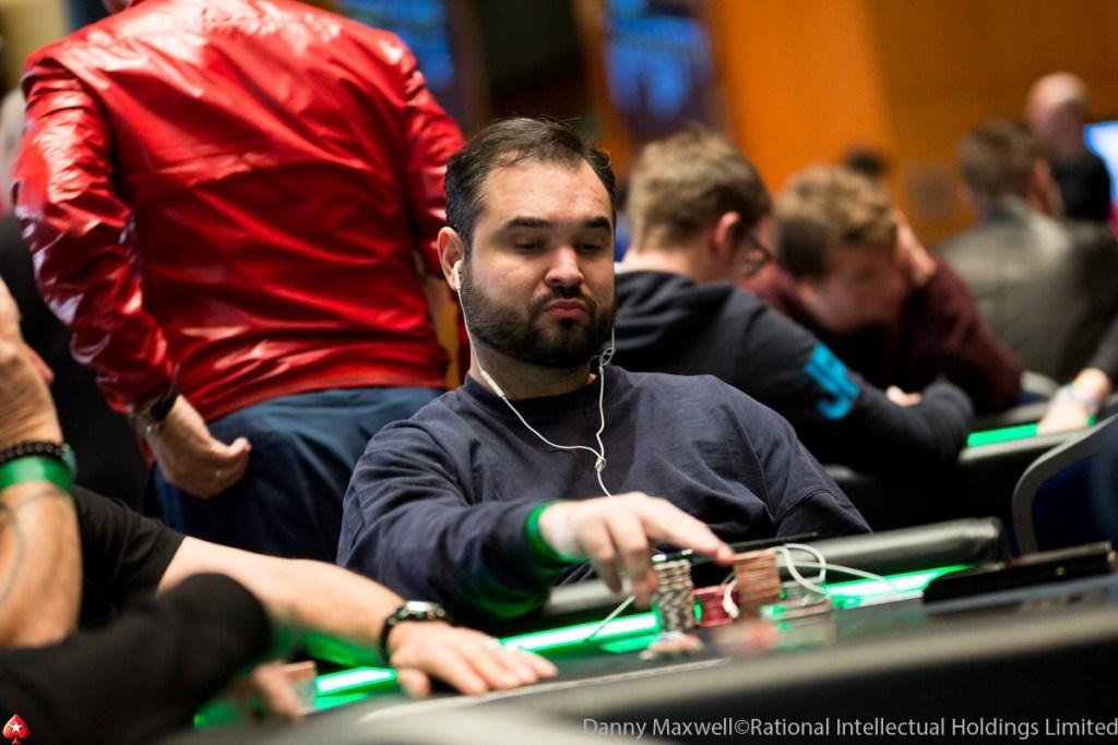 Com popularidade em alta, poker se torna carreira de vários nordestinos