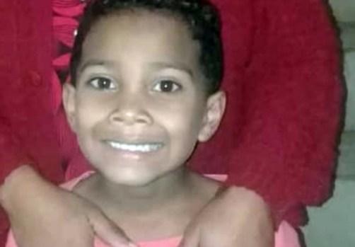 GARANHUNS: Menino de oito anos está desaparecido, e família pede ajuda na internet