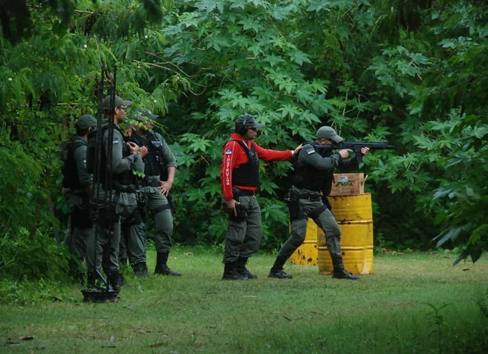 Polícia Militar de Pernambuco promove instrução de tiros para militares