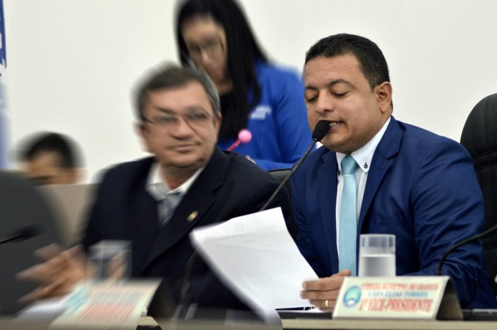 Presidente da Câmara repudia vereador Gustavo da Serraria e diz que projeto será votado em reunião extraordinária
