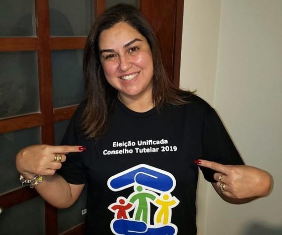 Sorridente, Promotora de Justiça de Gravatá se mostra otimista com eleições para o Conselho Tutelar