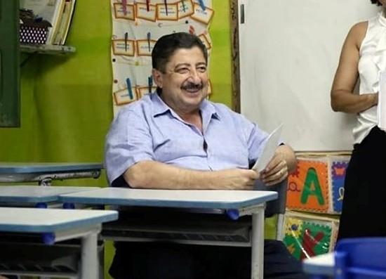 Moradores do Sítio Casa Nova abrem os braços para o prefeito de Gravatá, Joaquim Neto