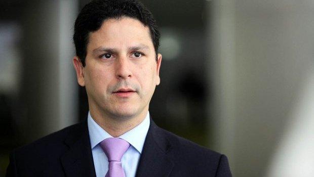 PSDB Nacional e de Pernambuco repudiam declaração de Eduardo Bolsonaro sobre AI-5
