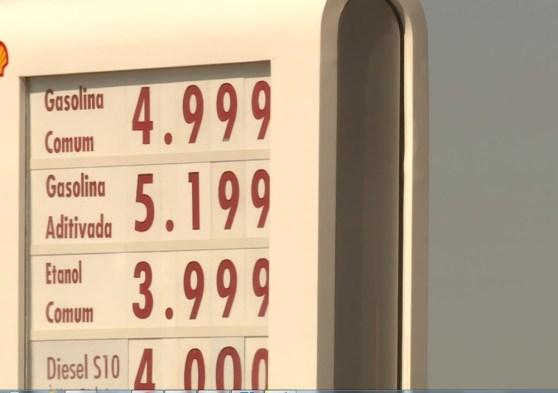 Preço da gasolina no sertão de Pernambuco ultrapassa 5 reais