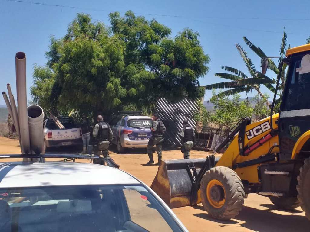 Compesa identifica furto de água em Belo Jardim e agricultor é preso em flagrante