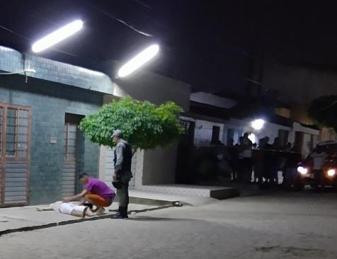 Jovem esfaqueado durante briga morre em Santa Cruz do Capibaribe