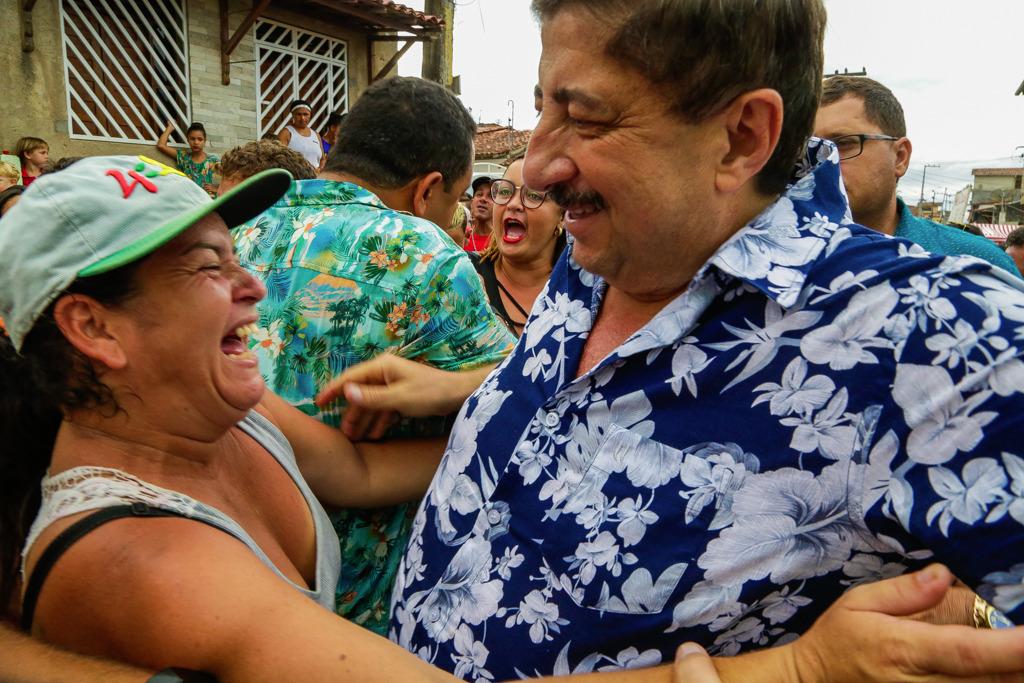 GRAVATÁ: o Bairro Novo abraçou prefeito durante carnaval