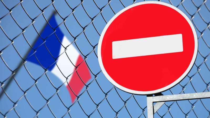 França registra 1.331 mortes por coronavírus; mais de 25 mil estão doentes