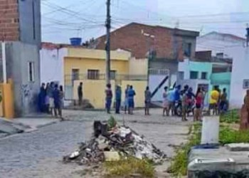 Irmão são baleados dentro de casa em São Caetano; um não resiste e morre
