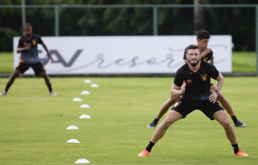 Sport Club do Recife volta aos treinos seguindo orientações de saúde